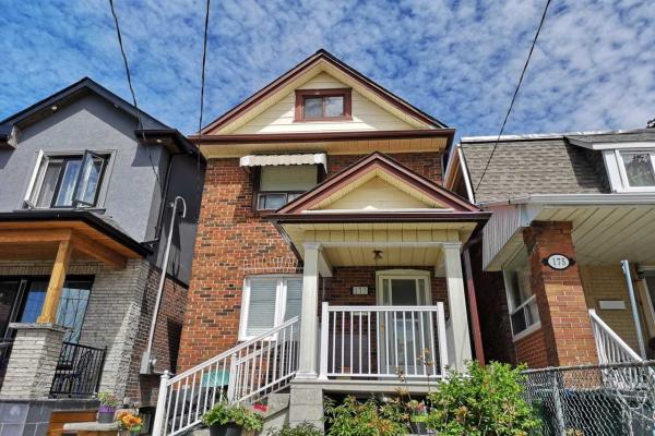 177 Gilbert Ave, Toronto