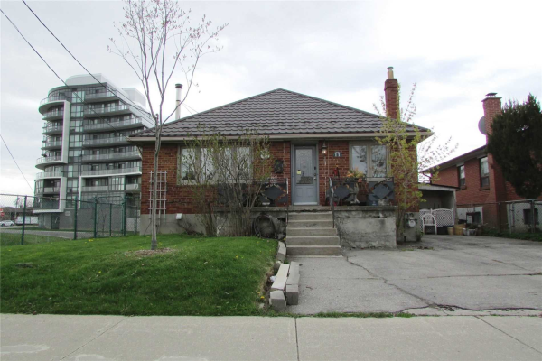 11 Cartwright Ave