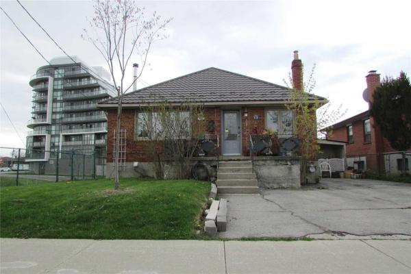 11 Cartwright Ave, Toronto