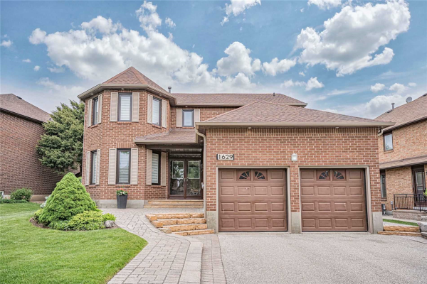 1629 Bough Beeches Blvd, Mississauga