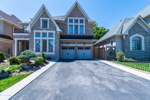 $1,569,900 • 170 Elbern Markell Dr , Credit Valley