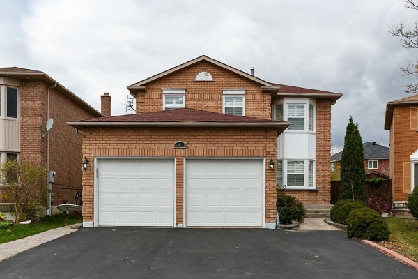4802 Crystal Rose Dr, Mississauga