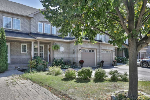 2197 Hummingbird Way, Oakville