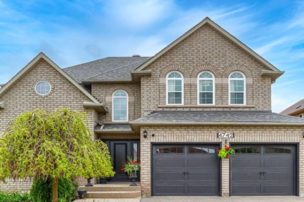 4742 Creditview Rd, Mississauga