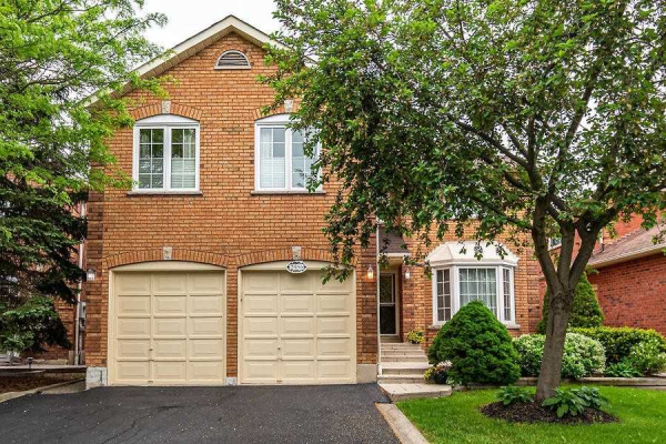 2956 Harvey Cres, Mississauga
