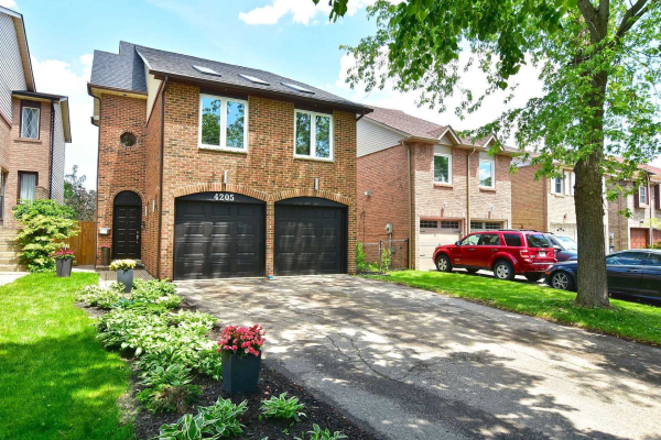 4205 Sunflower Dr, Mississauga