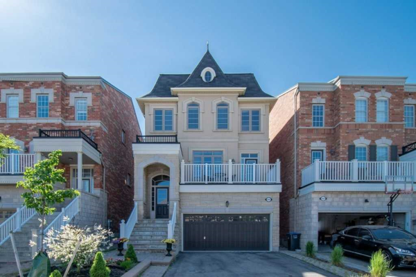 3065 Mission Hill Dr, Mississauga