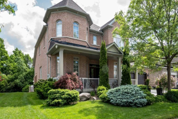 32 Upper Ridge Cres, Brampton