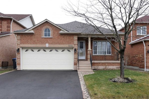 3984 Mcdowell Dr, Mississauga