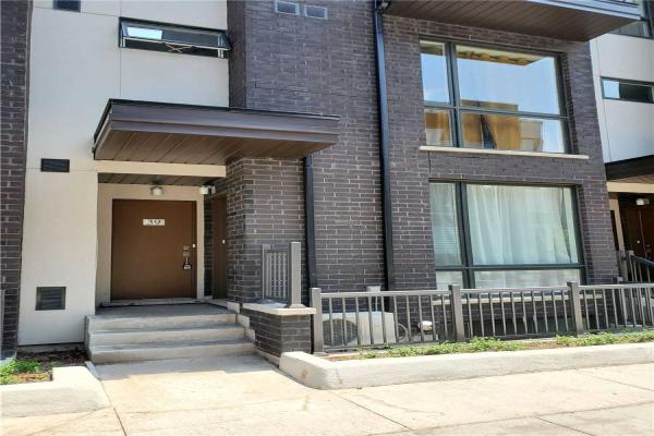 26 Fieldway Rd E, Toronto