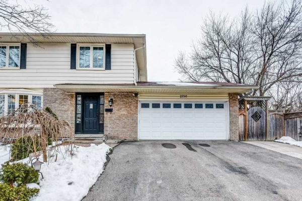2750 Council Ring Rd, Mississauga