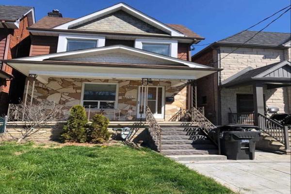 16 Ascot Ave, Toronto