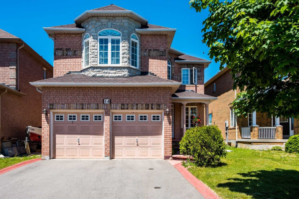 14 Collingwood Ave, Brampton