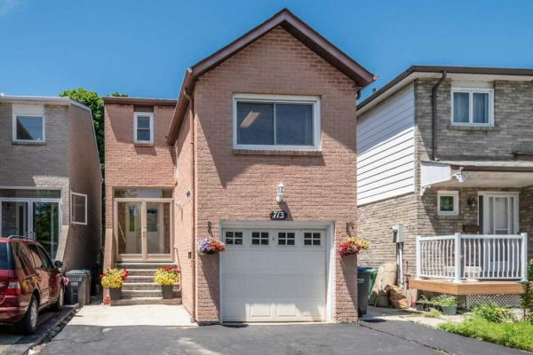 713 Galloway Cres, Mississauga