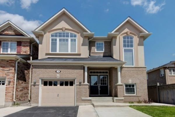 9 Birch Lake Crt, Brampton
