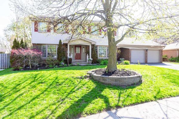 228 Beechfield Rd, Oakville