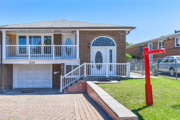 336 Thrace Ave, Mississauga