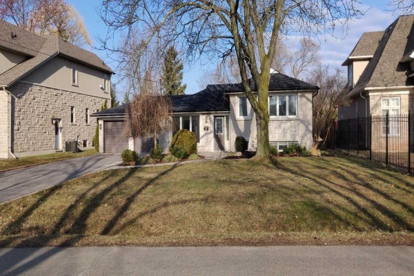 1355 Secord Ave, Oakville