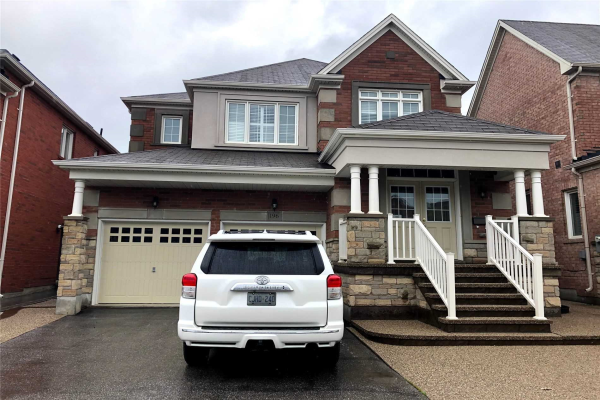 196 Castle Oaks Crossing, Brampton