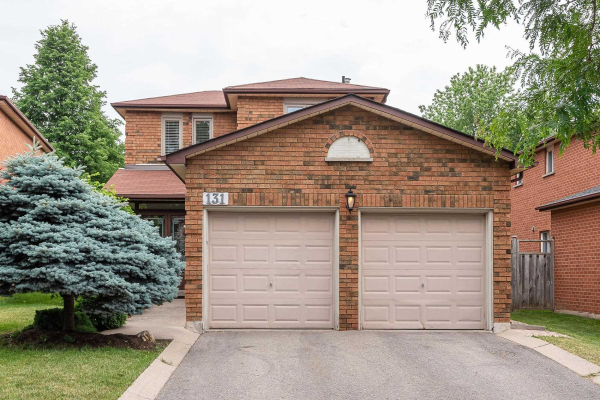 131 Major William Sharpe Dr, Brampton