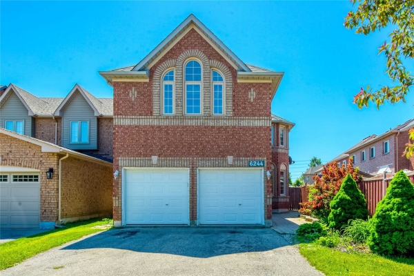 6244 Maple Gate Circ, Mississauga