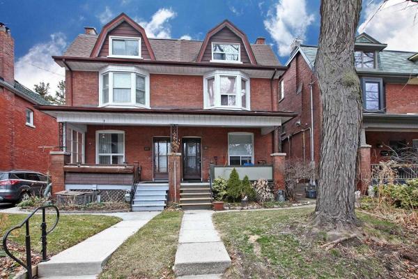 38 Constance St, Toronto
