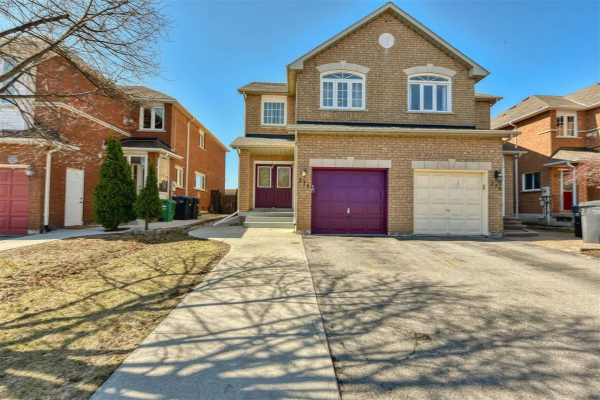 274 Pressed Brick Dr, Brampton