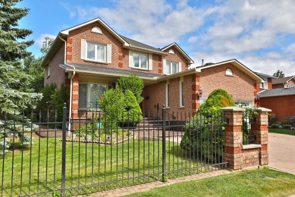 2531 Wynten Way, Oakville