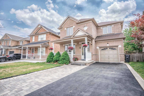 42 Upper Highlands Dr, Brampton