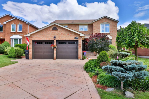 3177 Plum Tree Cres, Mississauga