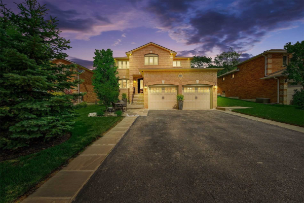 25 Deer Hollow Crt Crt, Caledon