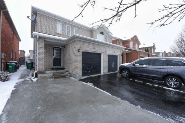 80 Lake Louise Dr, Brampton