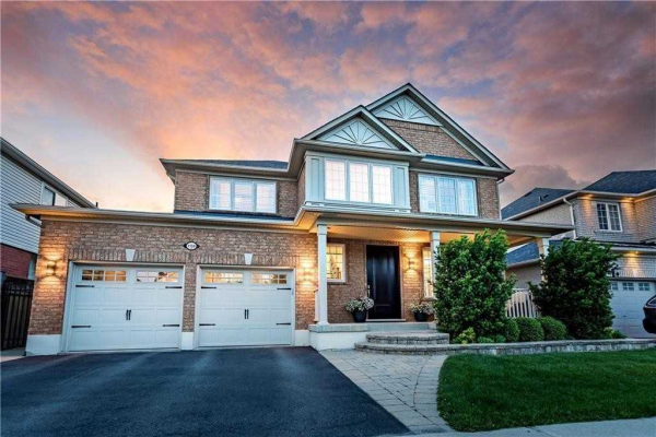 1159 Winter Cres, Milton