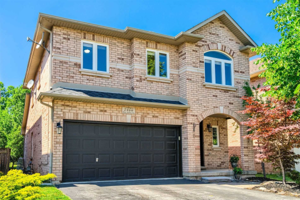2466 Blue Holly Cres, Oakville