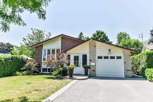 1378 Ian Rd, Burlington