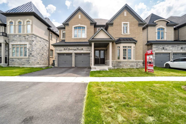 24 Buttonwood Rd, Brampton
