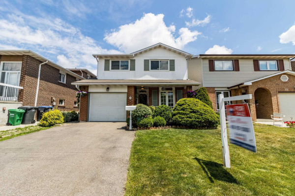 9 Hockley Path, Brampton