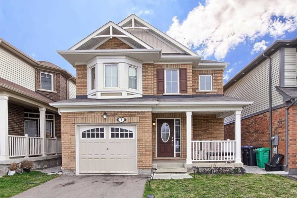 7 Fenchurch Dr, Brampton