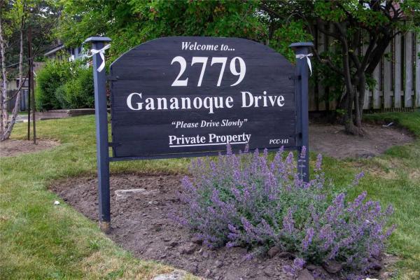 2779 Gananoque Dr, Mississauga