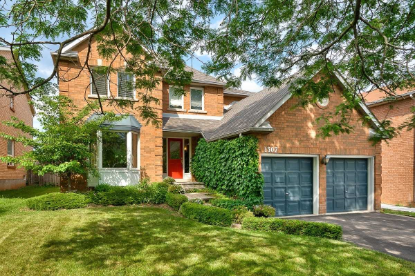 1307 Saddler Circ, Oakville