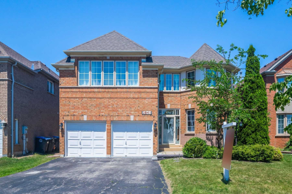 2841 Peacock Dr, Mississauga