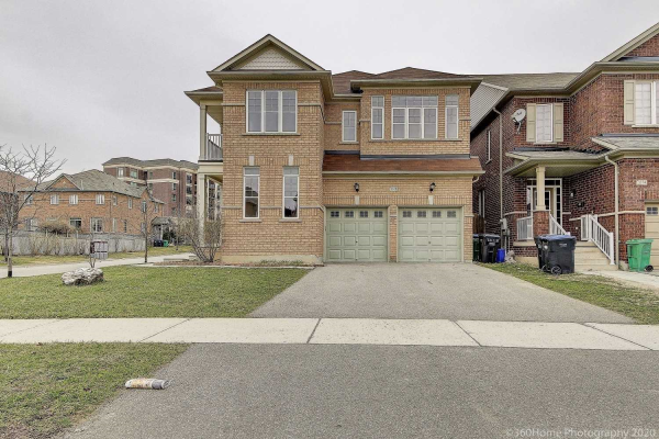 3378 Stoney Cres, Mississauga