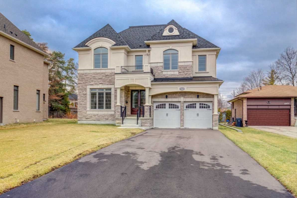 2377 Old Carriage Rd, Mississauga