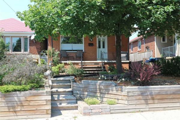 74 Corbett Ave, Toronto