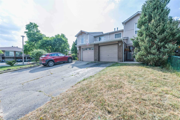 4 Gilmore Dr