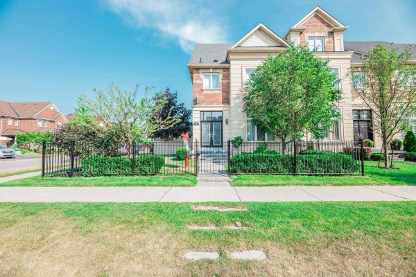 3106 Eclipse Ave, Mississauga