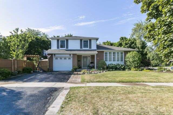 12 Edenborough Dr, Brampton