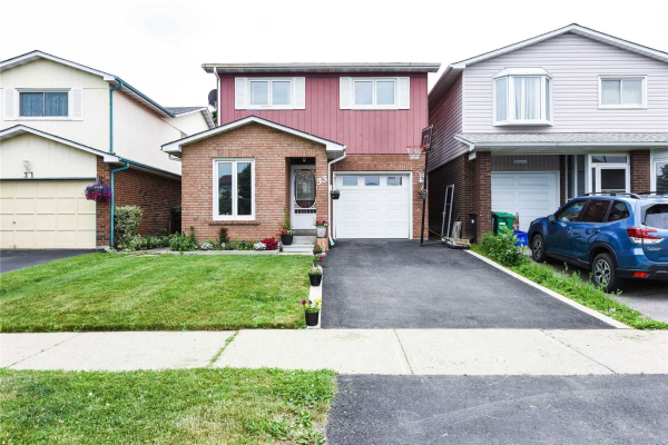 33 Hockley Path, Brampton