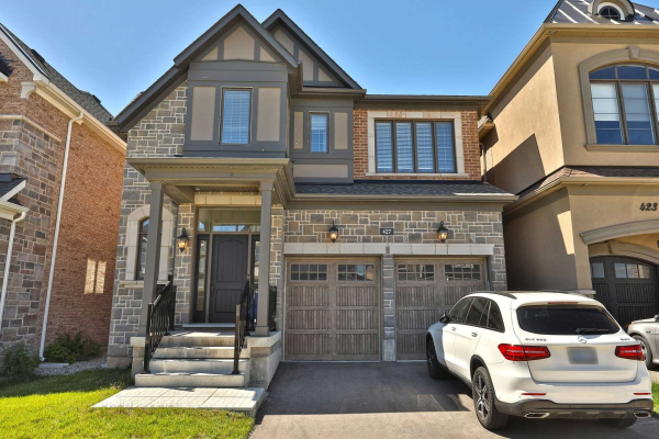 427 North Park Blvd, Oakville