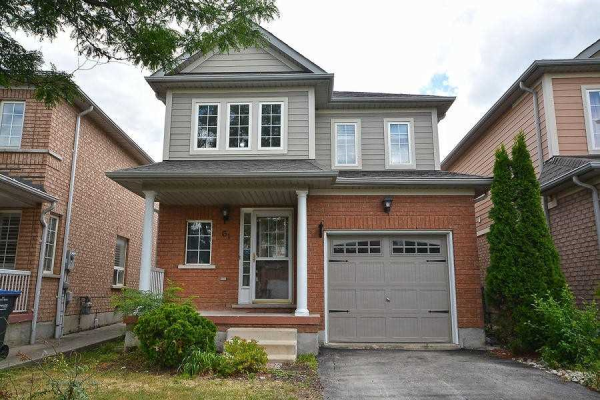 61 Heartleaf Cres, Brampton